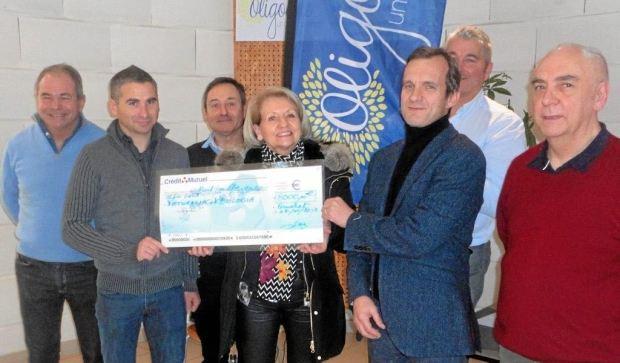 un-cheque-de-8-000-eu-pour-la-lutte-contre-le-cancer